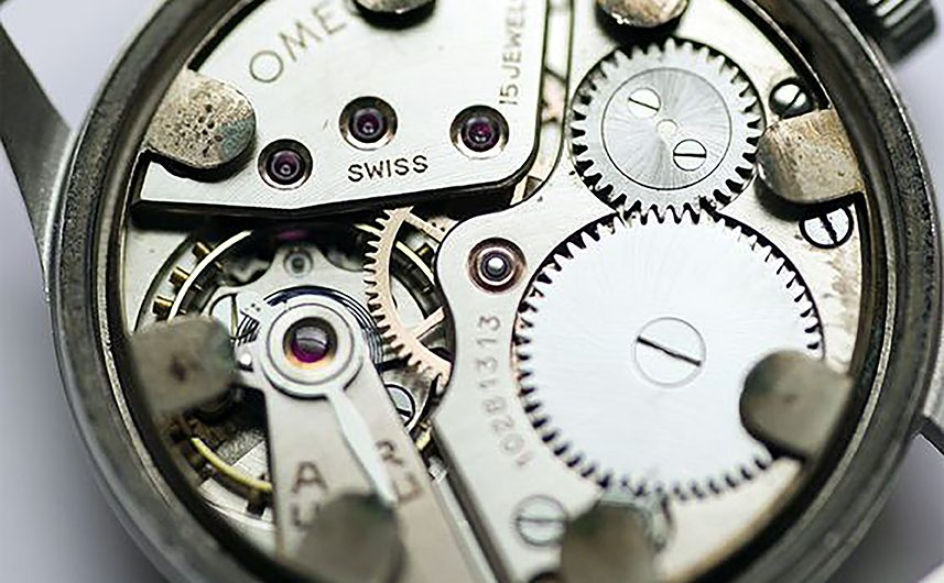 mechaninis-laikrodis-omega