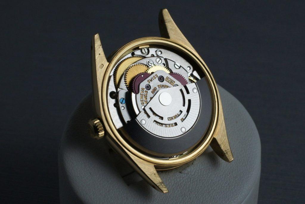 kokybiški-laikrodžiai-adamkus-3