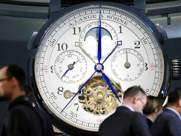 Laikrodžių-industrija-koronavirusas