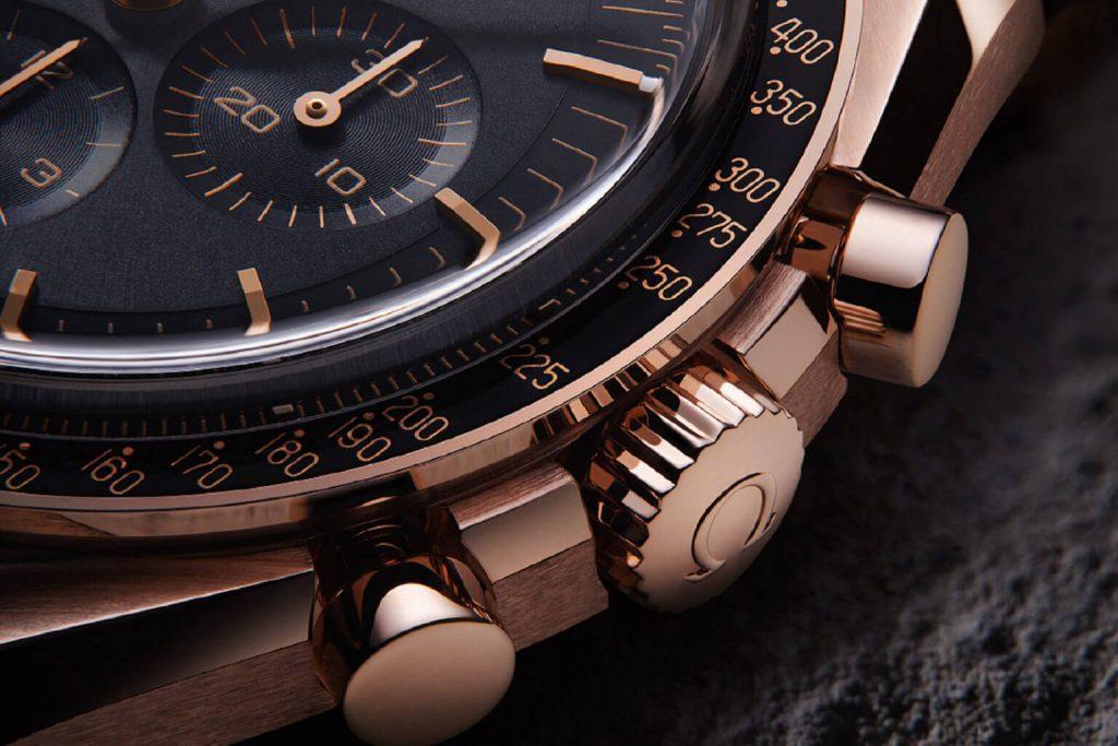 auksinis-chronografas-omega